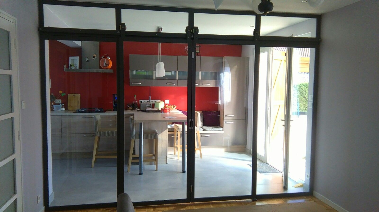 Double Porte Verriere Interieure cloison vitrée avec portes double coulissantes et imposte fixe -