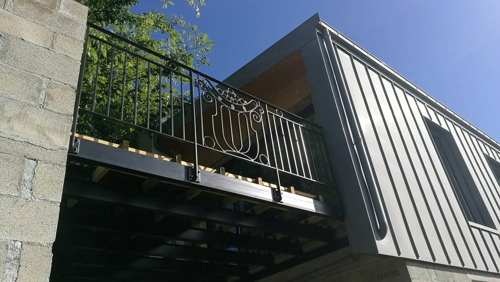 R alisation de garde corps et d 39 une structure acier pour - Garde corp bois pour terrasse ...
