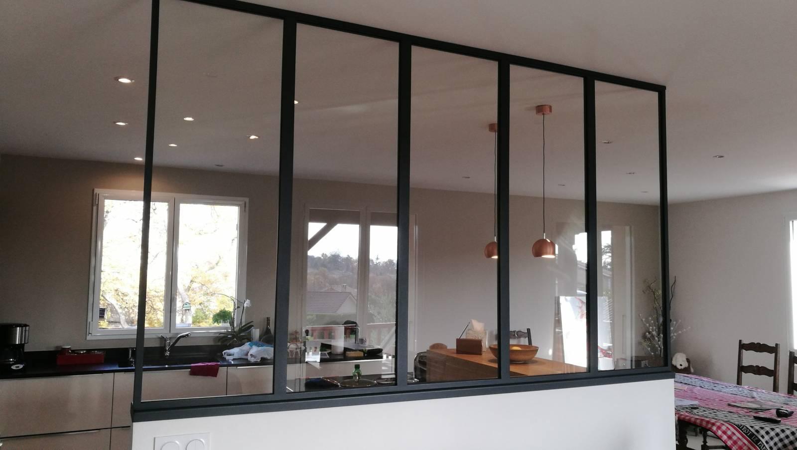 verri re type atelier install e vernaison. Black Bedroom Furniture Sets. Home Design Ideas