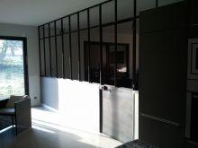 Verri re d 39 atelier avec porte battante et imposte fixe - Verriere interieure pas chere ...